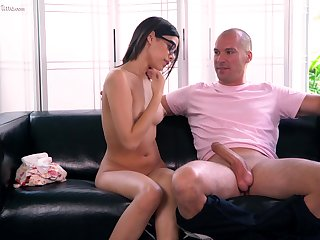 Brand-new faced babe fucks an doyen man be beneficial to her dreams and she loves his big cock