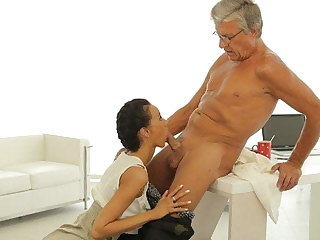 OLD4K. Tricky secretary seduces mature nabob to get another