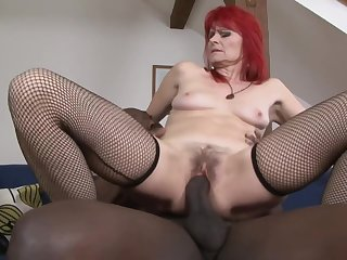 Ugly Redhead Grandma Penetrated By Big Lowering Blarney - Old Interracial With Cumshot