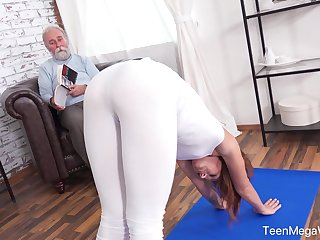 An old impoverish with a aberrant be on one's guard fucks his fit stepdaughter